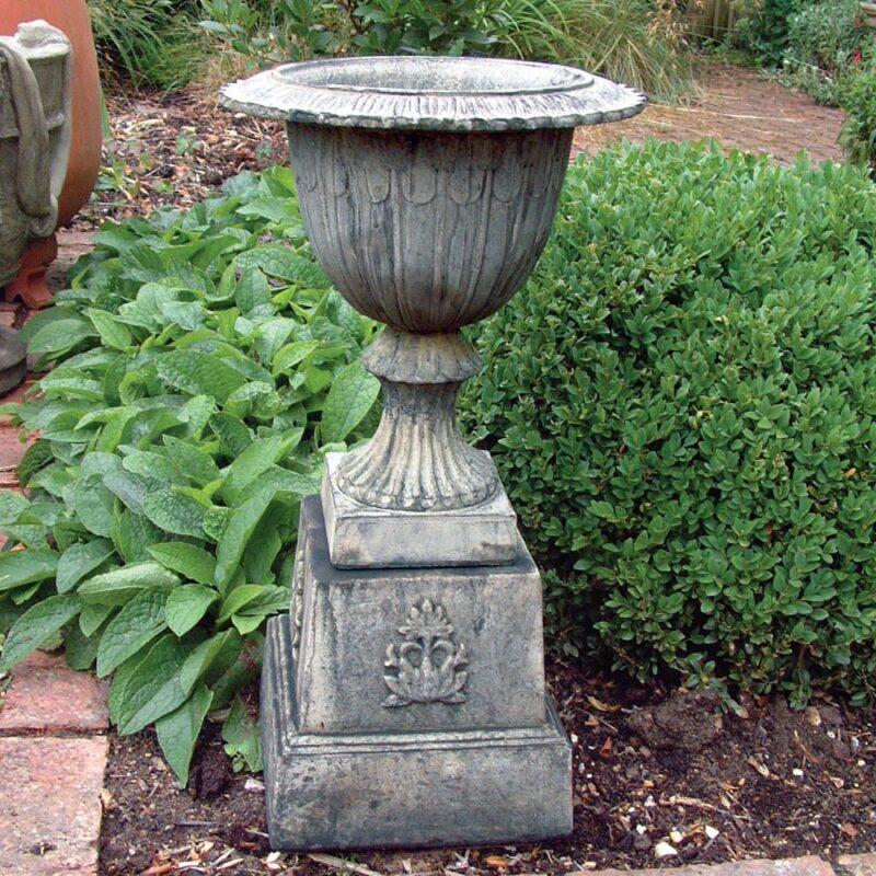 Amiska Suffolk Vase Stone Garden Planter